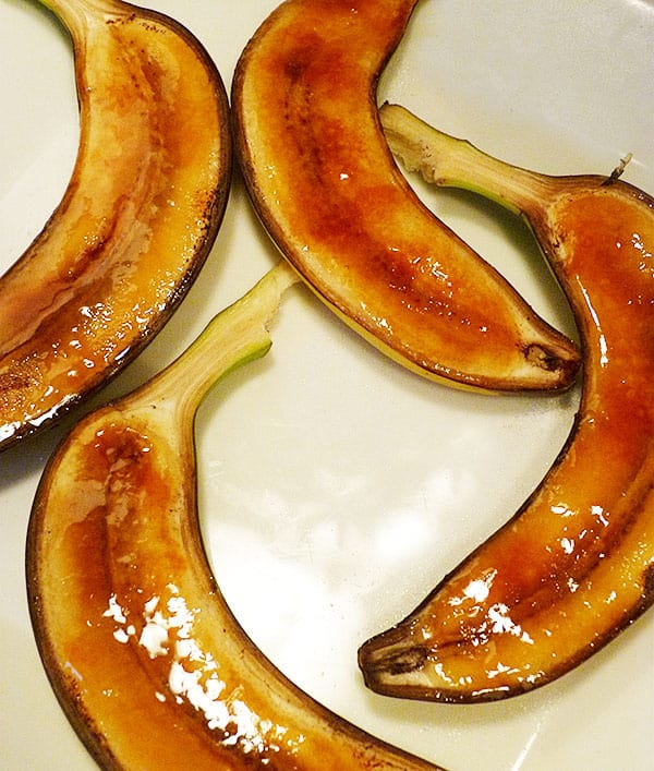 bananes-entieres-caramelisees-donna-hay-style.JPG