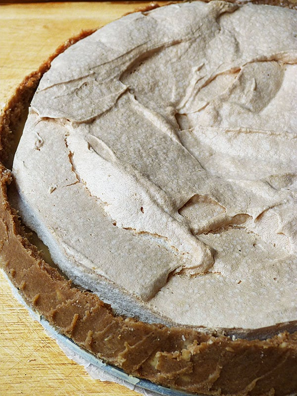 tarte-au-pamplemousse-curd-meringue-base-speculoo-copie-1.JPG