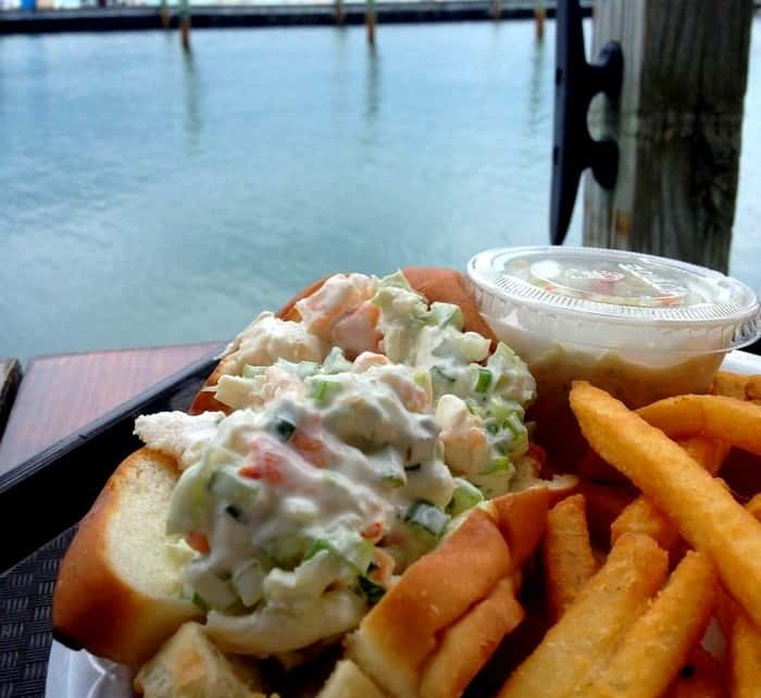 Keys Fisheries - Lobster roll